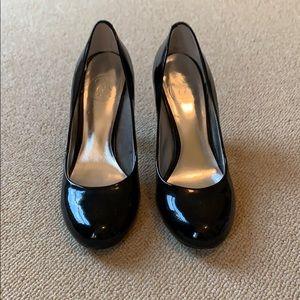 Ladies Jessica Simpson black pumps